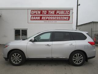Used 2013 Nissan Pathfinder SL for sale in Toronto, ON