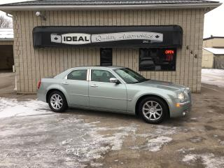 Used 2006 Chrysler 300 C for sale in Mount Brydges, ON