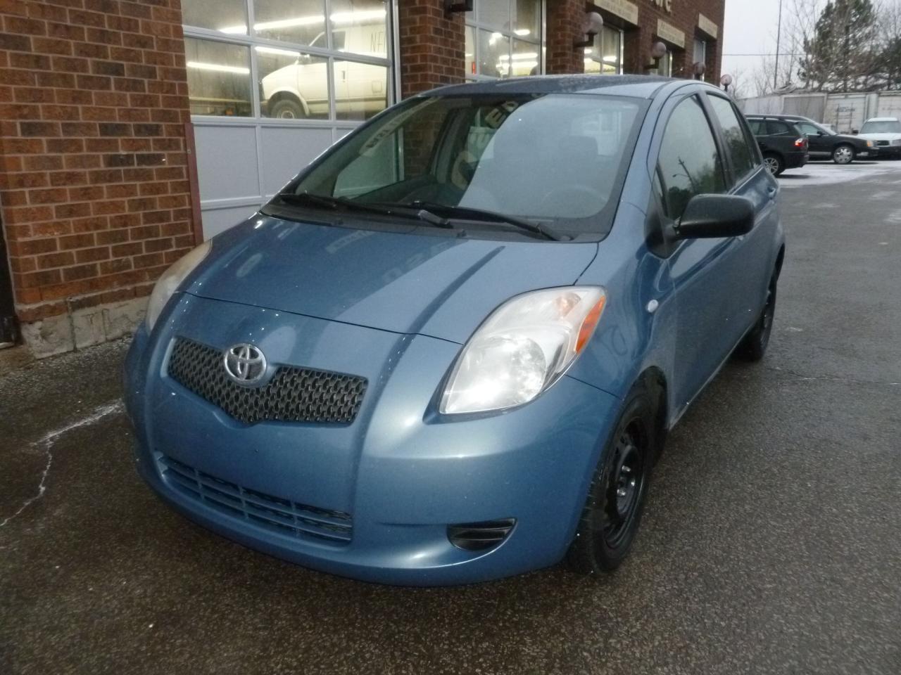 Photo of Blue 2008 Toyota Yaris