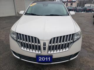 Used 2011 Lincoln MKT Leather / Sunroof / Nav / Backup Camera for sale in Scarborough, ON