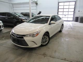Used 2017 Toyota Camry Le Gar. Toyota for sale in Montréal, QC