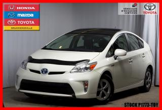Used 2015 Toyota Prius Gps / T.ouvrant for sale in Drummondville, QC