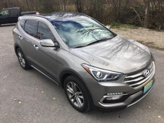 Used 2018 Hyundai Santa Fe SE AWD With Only 13800 km for sale in Perth, ON