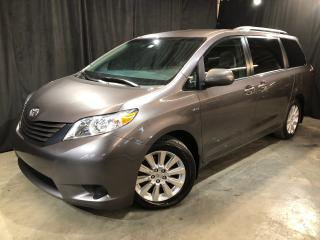 Used 2016 Toyota Sienna LE AWD for sale in St-Eustache, QC