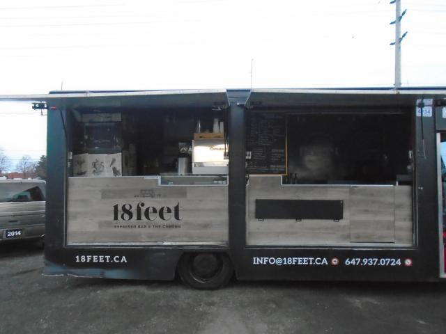 2004 Freightliner Beverage Show Truck Coffee Truck