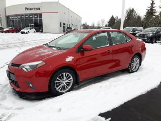 Used 2015 Toyota Corolla LE with Ugrade Package for sale in Pembroke, ON