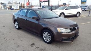 Used 2014 Volkswagen Jetta comfortline/SUNROOF/HEATED/$12500 for sale in Brampton, ON