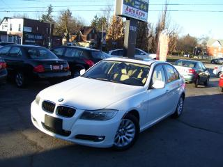 Used 2009 BMW 3 Series 323i,AUTO,A/C,LEATHER,SUN ROOF,FOG LIGHTS for sale in Kitchener, ON