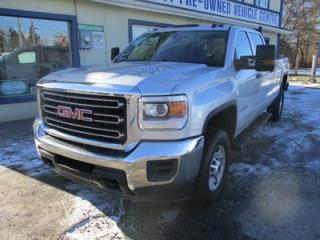 Used 2015 GMC Sierra 2500 3/4 TON SL EDITION 6 PASSENGER 6.0L - V8.. 4X4.. CREW.. 8-FOOT BOX.. LEATHER.. BLUETOOTH.. BACK-UP CAMERA.. for sale in Bradford, ON