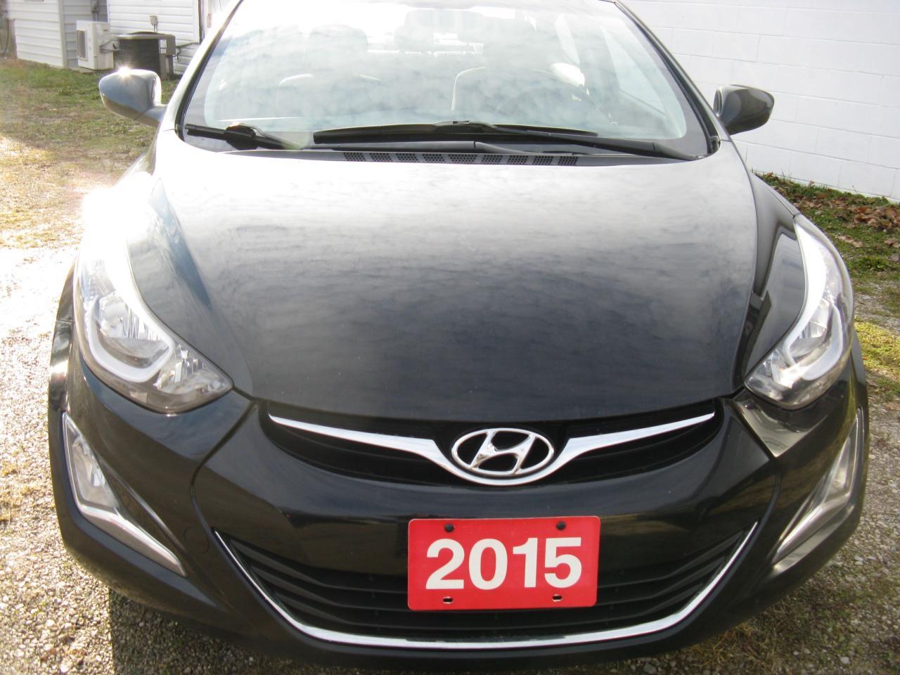 Photo of Black 2015 Hyundai Elantra