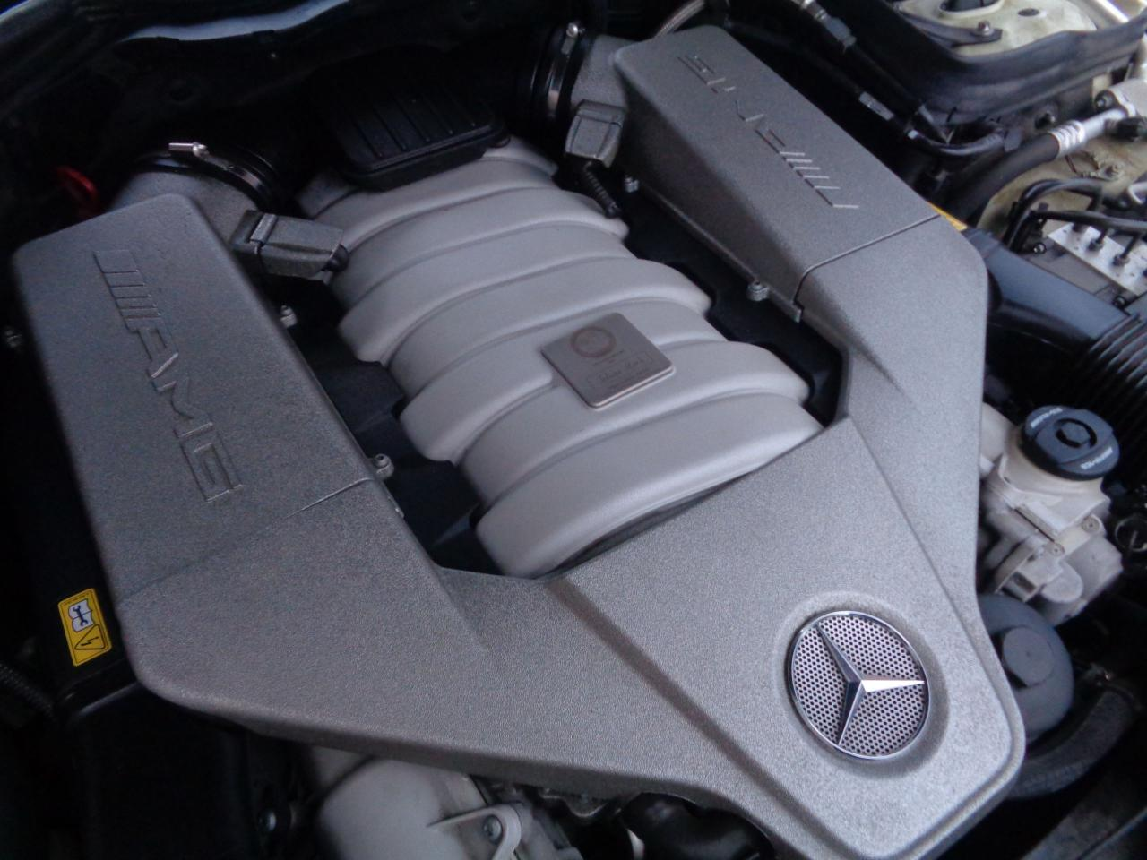 2011 Mercedes-Benz C63 AMG