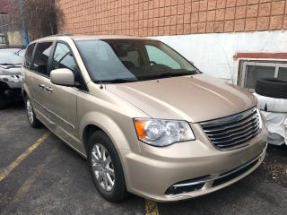 Used 2012 Chrysler Town & Country TOURING for sale in Toronto, ON