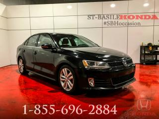 Used 2012 Volkswagen Jetta GLI GLI + CUIR + TECH PACK + WOW !!! for sale in St-Basile-le-Grand, QC