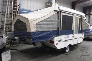 Used 2009 Forest River Flagstaff 206LTD Electric Pop Up Hard Top Tent Travel Trailer for sale in Burnaby, BC