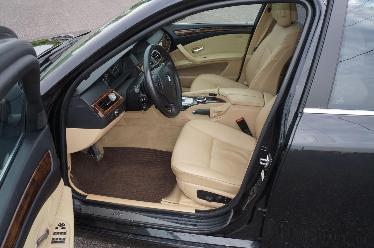 2008 BMW 5 Series 528xi
