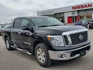 Used 2018 Nissan Titan SV 4x4 w/tow hitch/tow mode,running boards,rear cam,bedliner,push button start for sale in Cambridge, ON