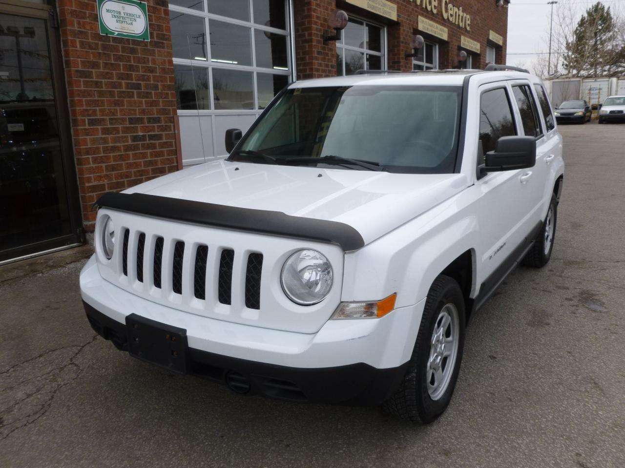 Photo of White 2011 Jeep Patriot