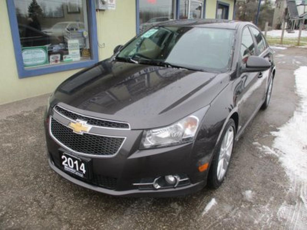 2014 Chevrolet Cruze LOADED 2-LT MODEL 5 PASSENGER 1.4L - TURBO.. LEATHER.. HEATED SEATS.. NAVIGATION.. SUNROOF.. BACK-UP CAMERA..
