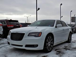 Used 2013 Chrysler 300 S *V8 5.7L*CUIR*TOIT*GPS* for sale in Brossard, QC