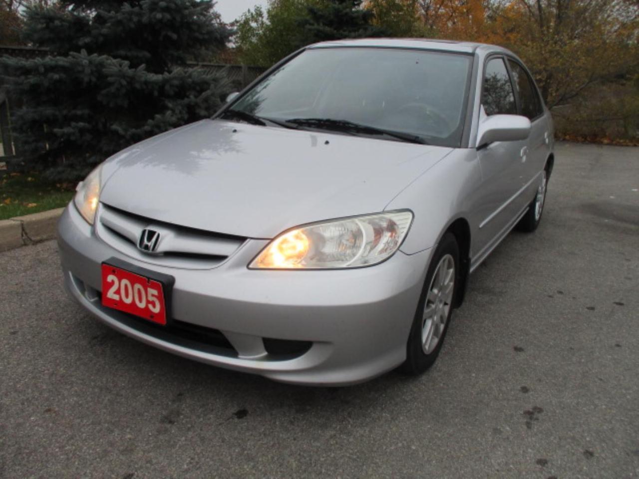 2005 Honda Civic LX Sedan w/ Front Side Airbags