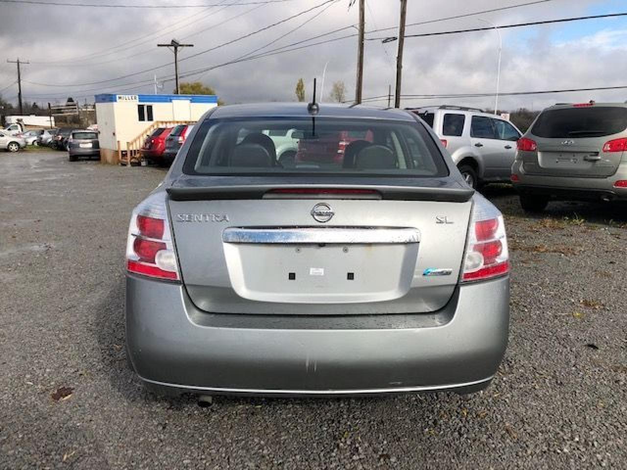 2012 Nissan Sentra SL Leather/ Sunroof/ Navigation/ Back Up Camera/LO