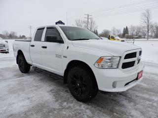 Used 2017 RAM 1500 Express. Hemi. 4X4. Only 45000 km for sale in Gorrie, ON