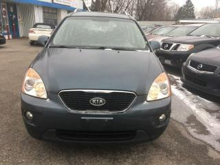 Used 2011 Kia Rondo EX w/3rd Row for sale in Scarborough, ON