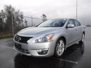 Used 2014 Nissan Altima 3.5 SL for sale in Burnaby, BC