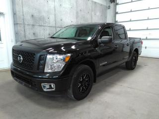 Used 2017 Nissan Titan Crewcab Awd V8 5.6l for sale in Lévis, QC