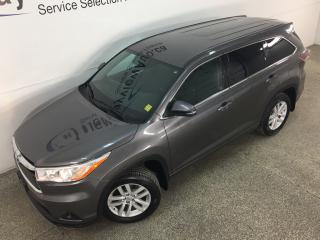 Used 2015 Toyota Highlander LE - 7 PASS! HITCH! REVERSE CAM! BLUETOOTH! ALLOYS! for sale in Belleville, ON