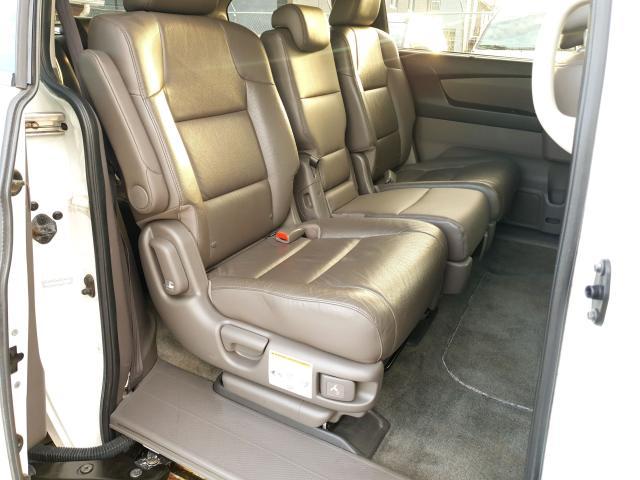 2011 Honda Odyssey Touring Photo28