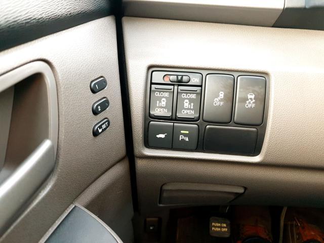 2011 Honda Odyssey Touring Photo34