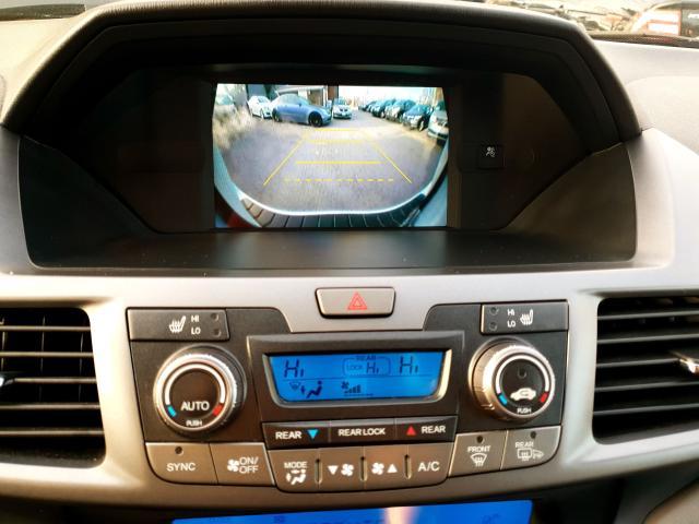 2011 Honda Odyssey Touring Photo36