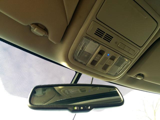 2011 Honda Odyssey Touring Photo38
