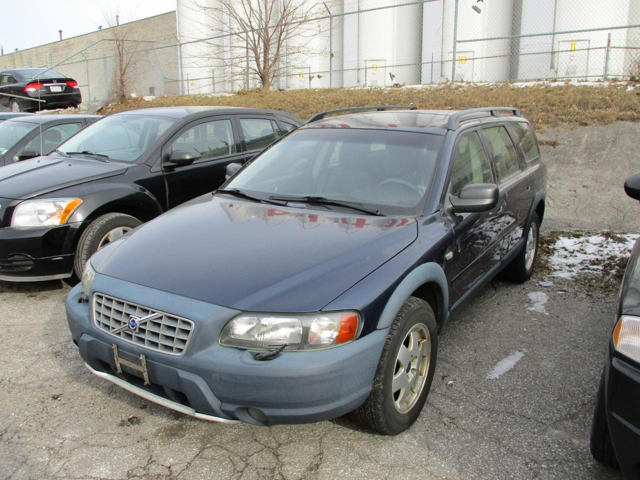 used 2002 volvo v70 xc ~ awd ~ leather ~ as-is ~ for sale in toronto