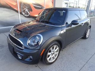 Used 2013 MINI Cooper Cooper S Navigation. Panoramic roof for sale in Etobicoke, ON