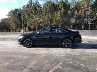 Used 2017 Ford Taurus Limited AWD for sale in Cayuga, ON