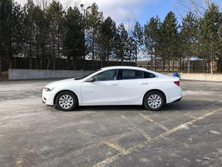 Used 2017 Chevrolet Malibu L FWD for sale in Cayuga, ON