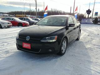 Used 2011 Volkswagen Jetta Sedan Highline for sale in Barrie, ON