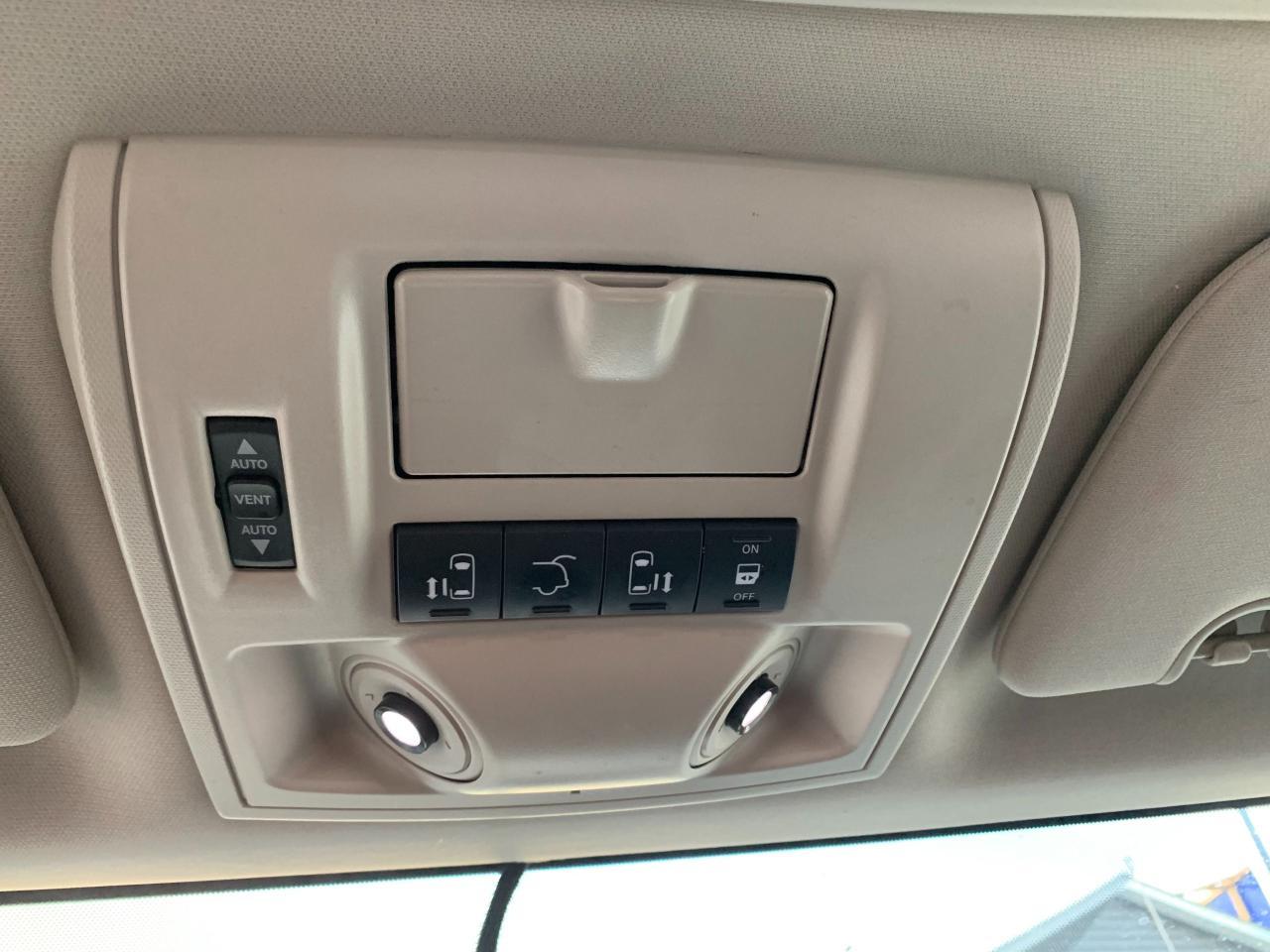 2012 Chrysler Town & Country NAV • Dual Screen DVD • Power Doors!