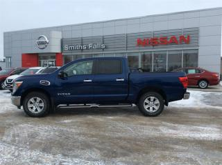 Used 2017 Nissan Titan Crew Cab SV 4X4 for sale in Smiths Falls, ON