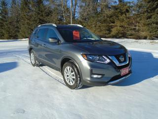 Used 2018 Nissan Rogue SV AWD PANORAMIC ROOF for sale in Beaverton, ON