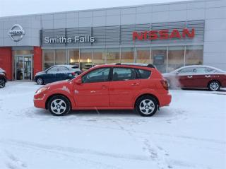 Used 2006 Pontiac Vibe 4D Hatchback for sale in Smiths Falls, ON