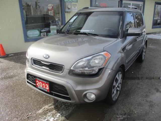 2013 Kia Soul FUEL EFFICIENT 4U MODEL 5 PASSENGER 2.0L - DOHC.. HEATED SEATS.. UVO ENTERTAINMENT.. BACK-UP CAMERA.. POWER SUNROOF..