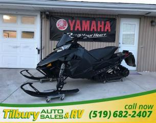 Used 2013 ARCTIC CAT F1100 ProCross Studded Track! for sale in Tilbury, ON