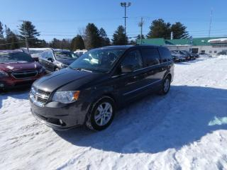 Used 2016 Dodge Grand Caravan Familiale à 7 places stow in go for sale in Victoriaville, QC