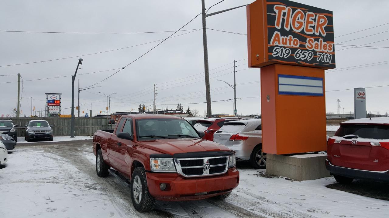 2008 Dodge Dakota SLT**NAVIGATION**4X4**ONLY 161 KM**VERY CLEAN**