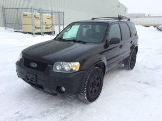 Used 2005 Ford Escape 4dr Limited Auto 4WD for sale in Quebec, QC