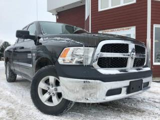 Used 2014 RAM 1500 Cabine quad 4RM, 140,5 po ST for sale in Drummondville, QC