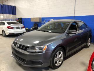 Used 2011 Volkswagen Jetta Comfortline 2.5 - Sunroof - Bluetooth - Alloys for sale in Aurora, ON